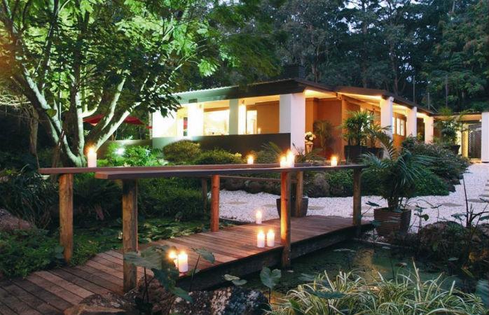 romantic getaways brisbane - songbirds rainforest retreat