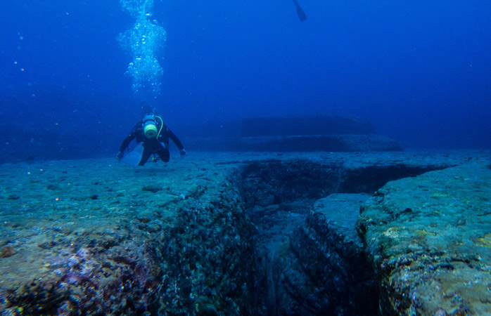 Explore the mysterious underwater monument off Yonaguni Island