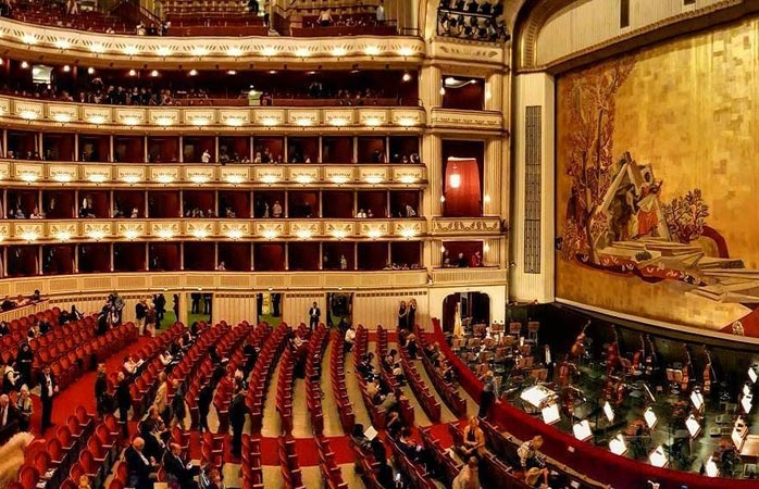Complete your trip to Vienna with a visit to Vienna State Opera
